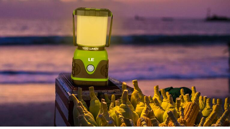 1000lm Dimmable Portable LED Lantern for Camping